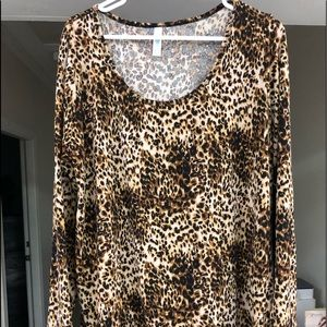 Lularoe 2x long sleeve cheetah print Lynnae